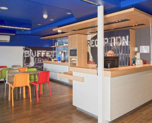 Fixed, Fit Outs & Makeovers, office defits, fitout services, office stripouts, refurbishments